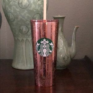 Starbucks Rose flaked tumbler